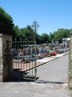 Villers-Faucon Communal Cemetery