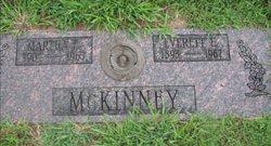Martha Elsie <I>Crihfield</I> McKinney