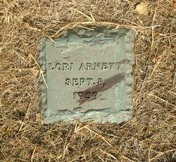 Lori Arnett