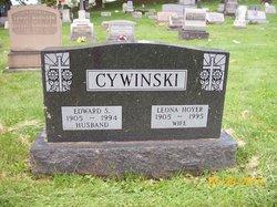 Leona <I>Hoyer</I> Cywinski