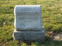 Ardis E Breitkreutz