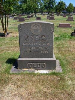 Douglas Van Harlow Olds