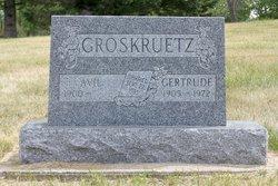 Avil Groskreutz