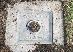 Evan Price