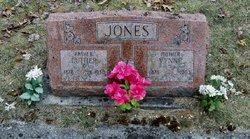 Luther Jones