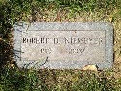 "Robert Dean ""Bob"" Niemeyer"