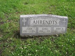 Edna <I>May</I> Ahrendts