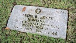 Pvt Leon R Jette