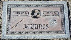 Robert L Jennings