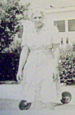 Nora M <I>Woods</I> Wilshusen, Watts