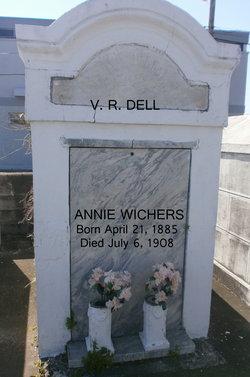 Annie Wichers