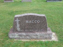 Oliver Macco