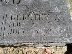"Dorothy Anna ""Dot"" <I>Gustafson</I> Lind"
