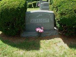 Barbara E <I>Cody</I> Albright