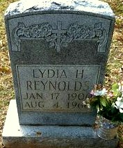 Lydia Susan <I>Hylton</I> Reynolds