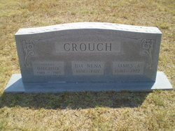 Infant Baby Daughter Crouch