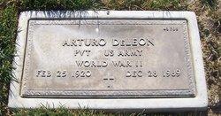 Arturo DeLeon