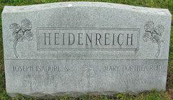 "Mary Dorthea ""Dot"" <I>Reid</I> Heidenreich"