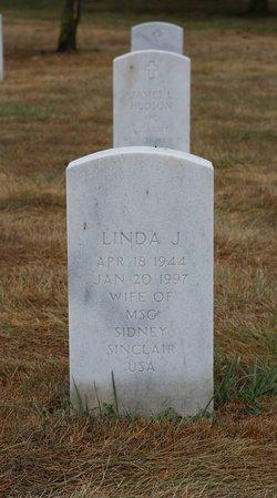 Linda J Sinclair