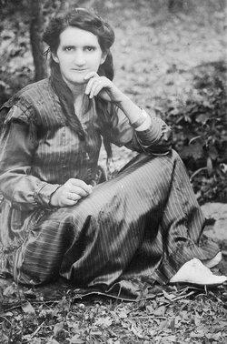 Mary Ella <I>Matthews</I> Perkins