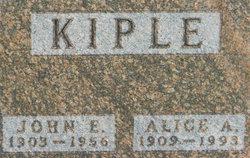 Alice Anna Wilhelmine <I>Mueller</I> Kiple
