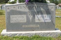 Julie <I>Gann</I> Cunningham