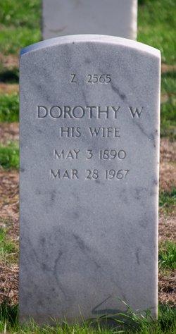 Dorothy W Fee