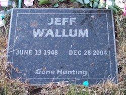 Jeff E Wallum