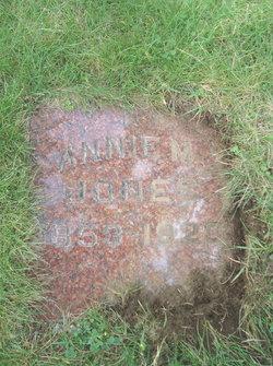 Annie M <I>Reilent</I> Jones