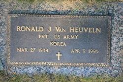 Ronald J Van Heuveln