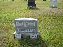 Carrie Finnestad