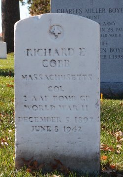 Col Richard E Cobb