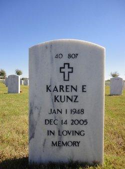 Karen E Kunz