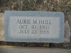 Aurie <I>Mittel</I> Hull