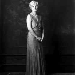 Lillian Wells <I>Atkins</I> Taggart