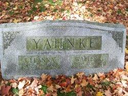 J Lenna Yahnke
