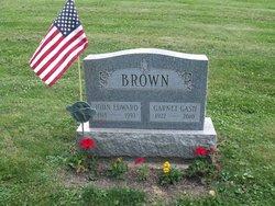 Garnet <I>Gash</I> Brown