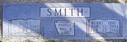 """Bobby Wayne """"Tiny"""" Smith"""
