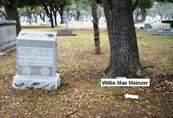 Willie Mae <I>Henry</I> Meinzer