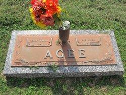 Sue <I>O'Neil</I> Agee