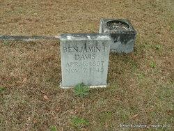 Benjamin F Davis