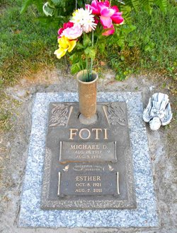 Esther Foti