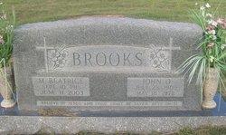 Margaret Beatrice <I>Hawkins</I> Brooks