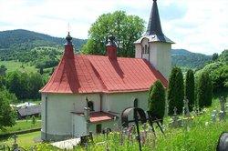 Maly Lipnik Church Cemetery