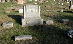 Harold L Arns