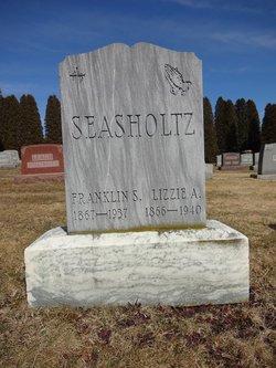 "Elizabeth A ""Lizzie"" <I>Renn</I> Seasholtz"
