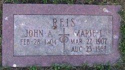 Marie L. Reis