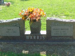 Ikey E Harris