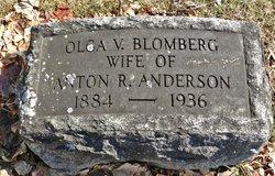 Olga V <I>Blomberg</I> Anderson