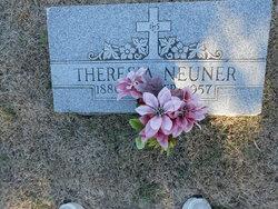 Theresa Tracy <I>Falter</I> Neuner